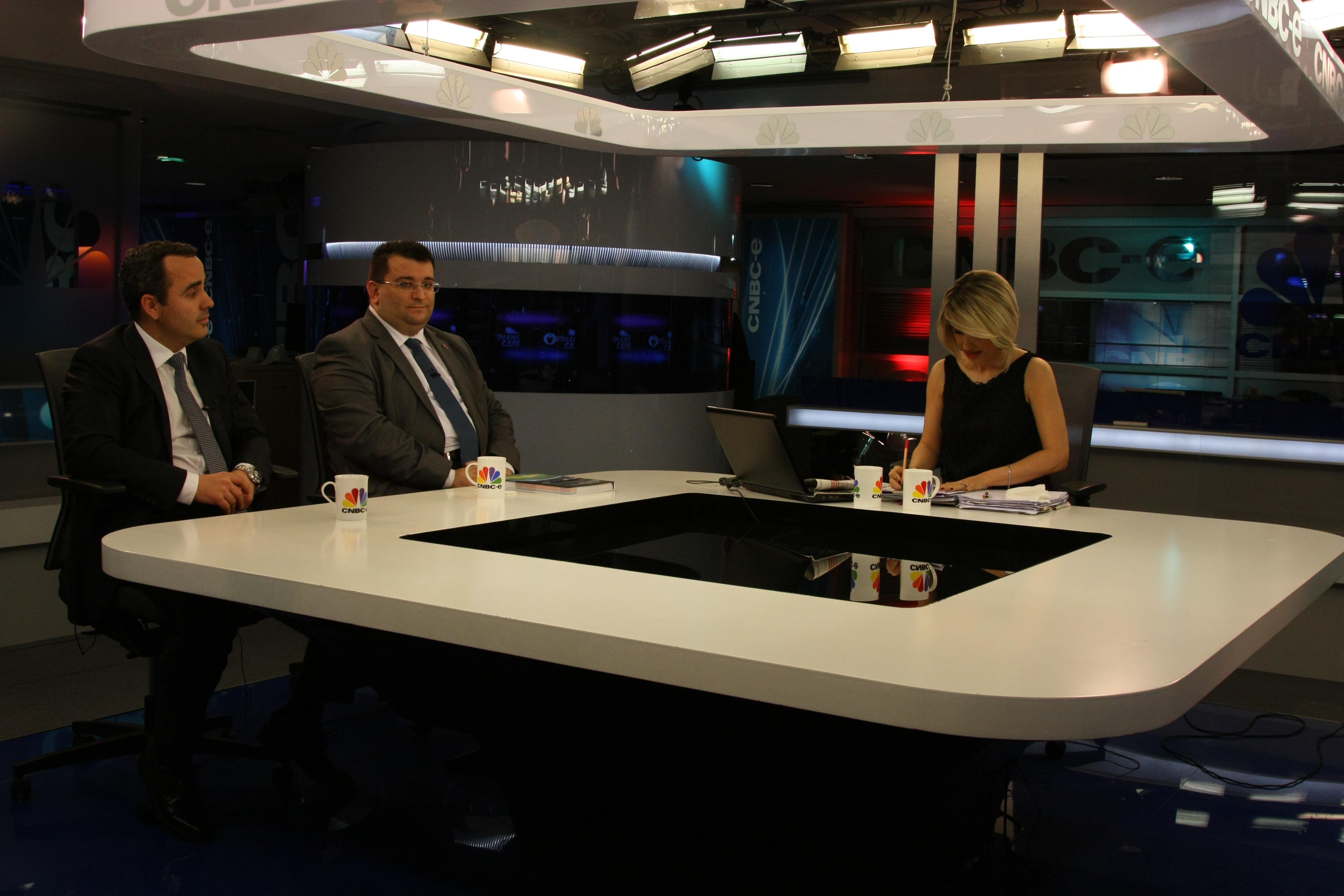 Erkan AYAN,CNBC-E TV canlı yayına katıldı.