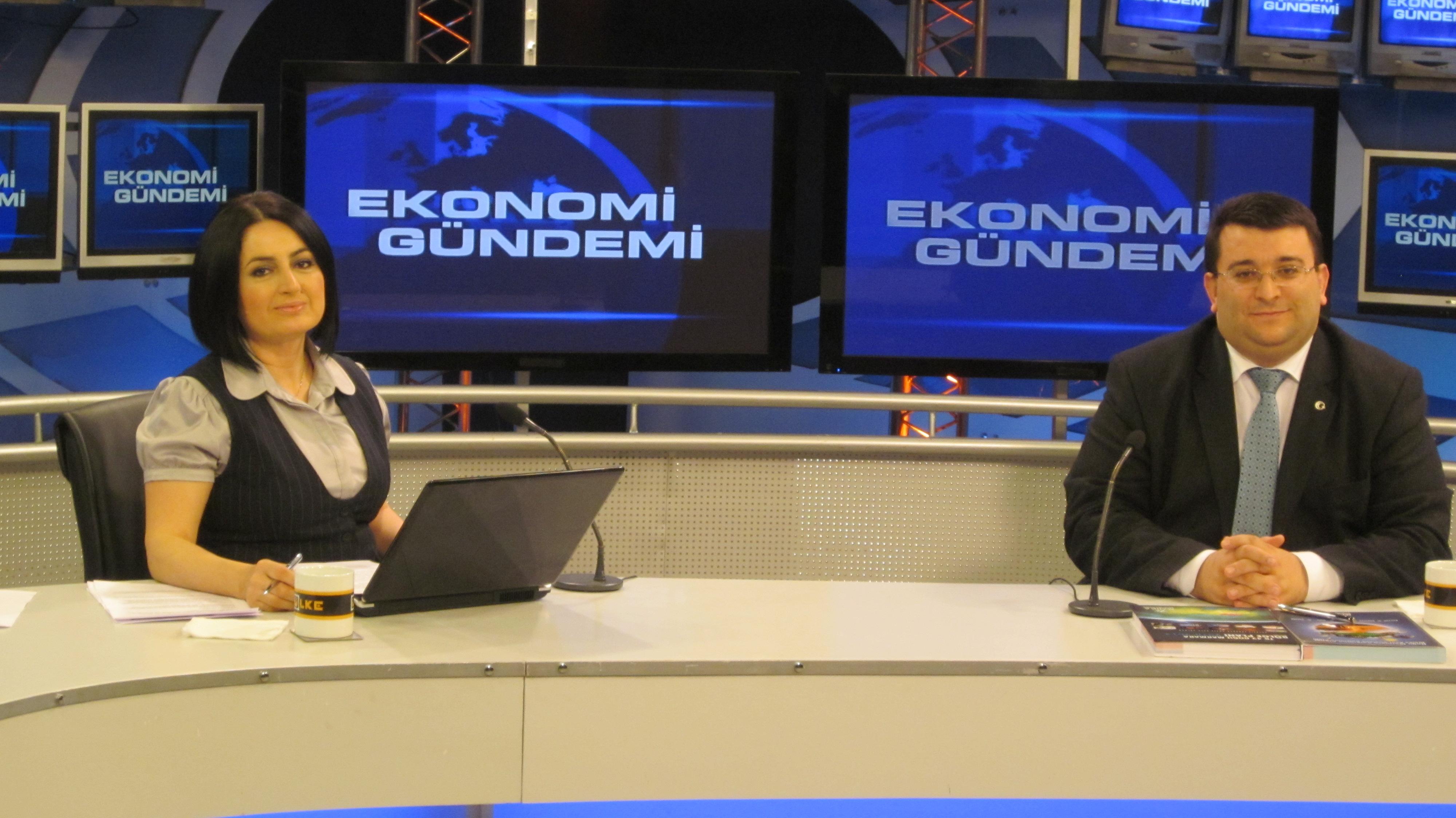 Erkan AYAN,ÜLKE TV canlı yayına katıldı.
